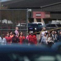 小6女児が学校で銃を発砲 USA
